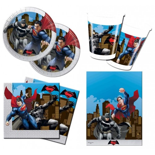 Kit per 32 persone tema Batman VS Superman