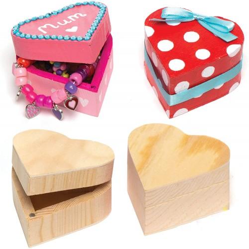 Set 4 scatole portagioie in legno forma cuore, per regali romantici