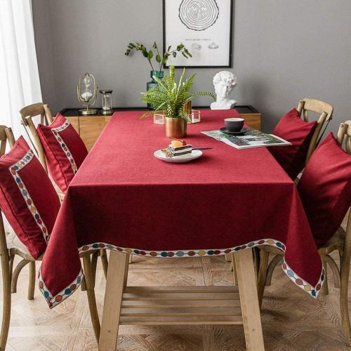 Tovaglia Rossa con bordo ricamato e colorato, per Natale