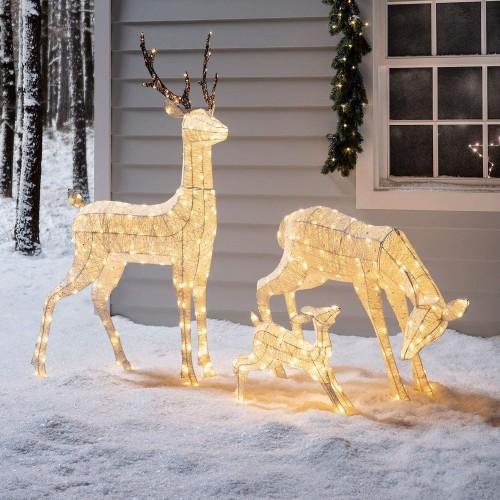 Famiglia di renne Natalizie luminose in filo di cotone bianco