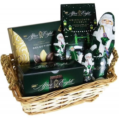 Cesto natalizio Nestlé After Eight, con Babbo Natale al cioccolato
