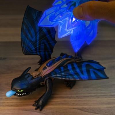 Dragons il Mondo Nascosto - Set Regalo Mondo Nascosto, Personaggi Draghi Sdentato, Furia Bianca e Vichingo con Accessorio di