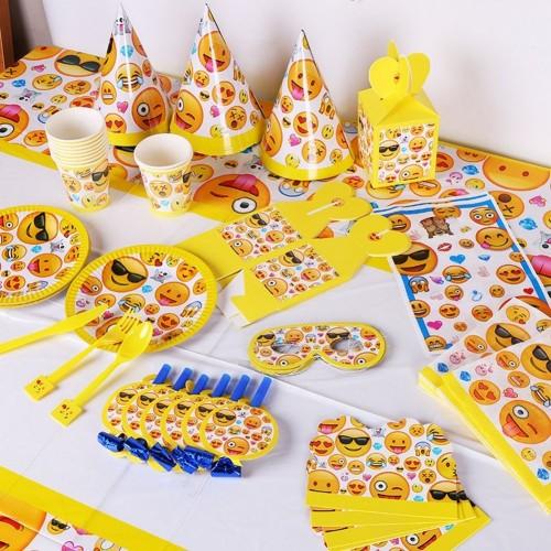 Alzatina per dolci tema emoticons - emoji, per muffin e ...