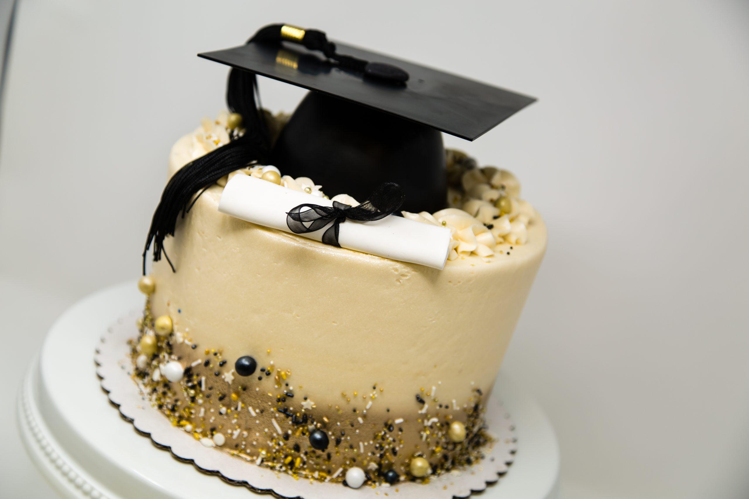 Torta Laurea Cappello Tocco in pasta da zucchero